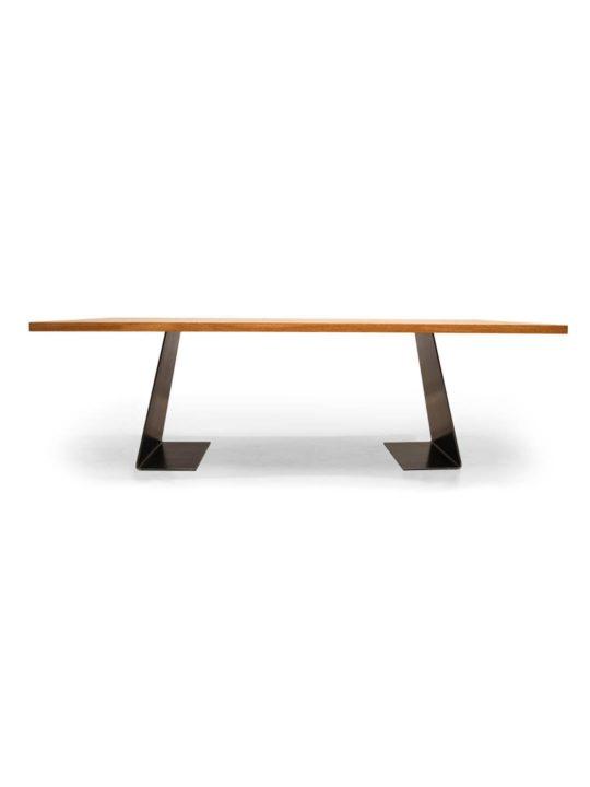 Tisch Zsteel im Profil