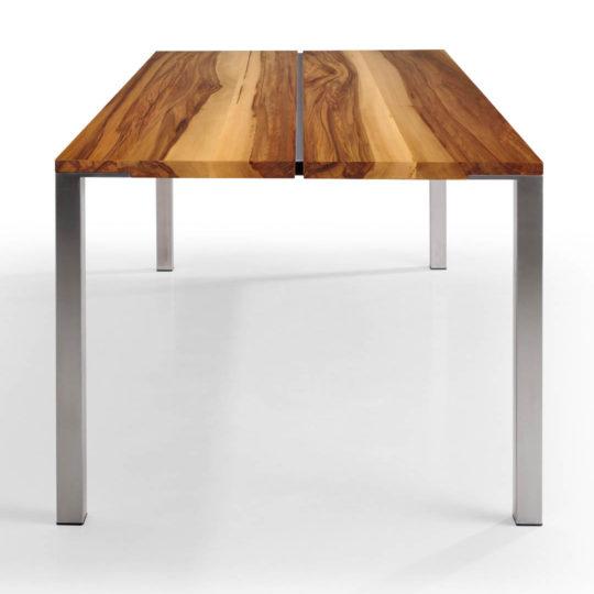 Tisch Cuda in Nussbaum Satin