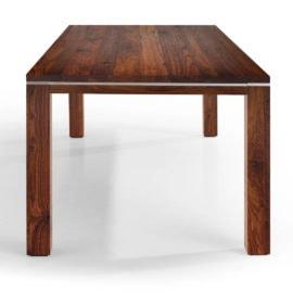 Tisch Range in Nussbaum Ast