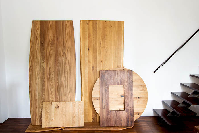 unterschiedliche Maß Tischplatten im MBzwo Showroom
