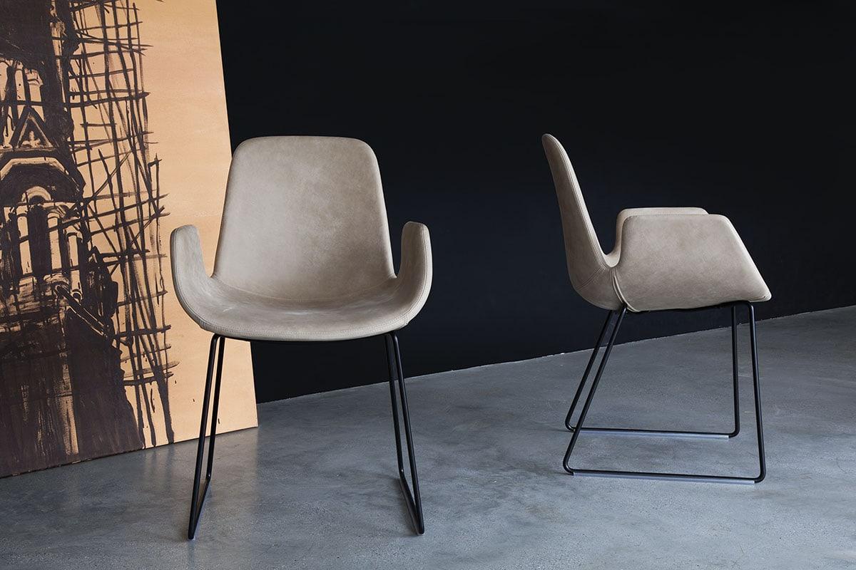step von tonon designer stuhl mit armlehnen. Black Bedroom Furniture Sets. Home Design Ideas