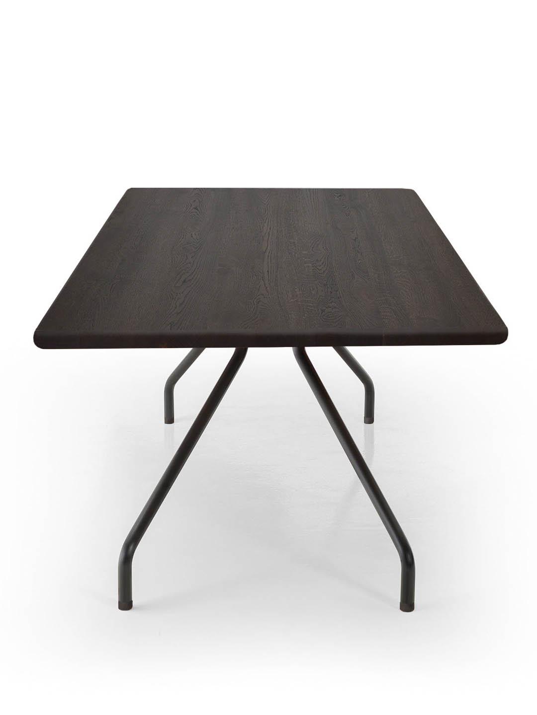Designer Tisch Cone in Eiche geräuchert