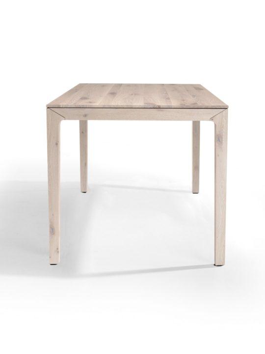 Skandinavischer Esstisch aus Asteiche Massivholz weiß geölt