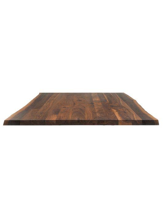 Tischplatte mit natürlicher Baumkante in Nussbaum