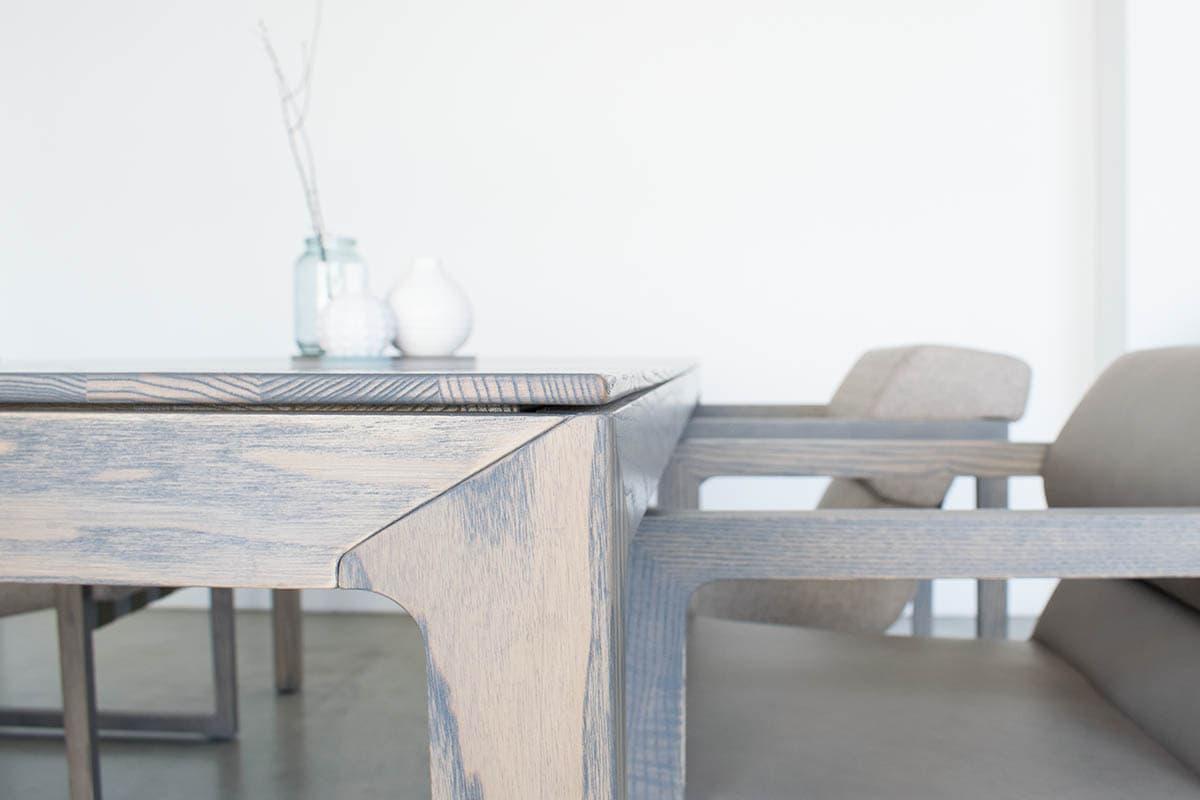 massivholztisch skandinavisch in filigranem Design von MBzwo