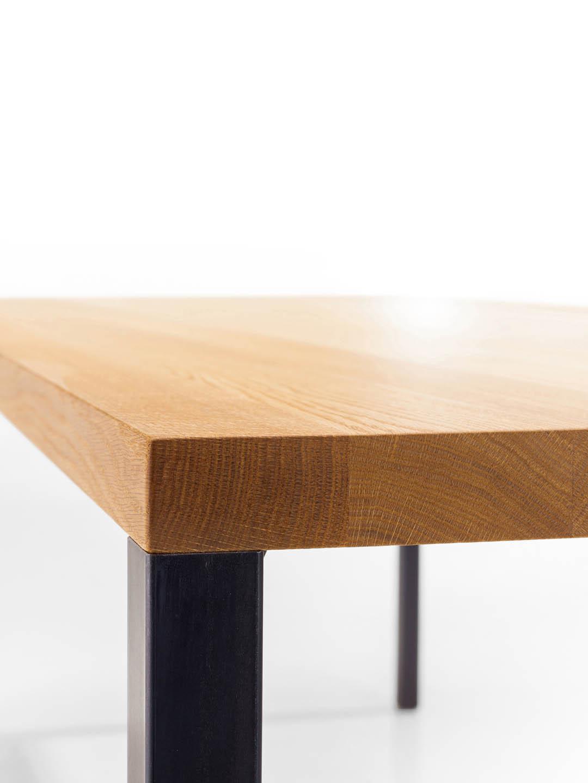 Lola Design Esstisch filigran | Massivholz & Stahl | MBzwo Lola
