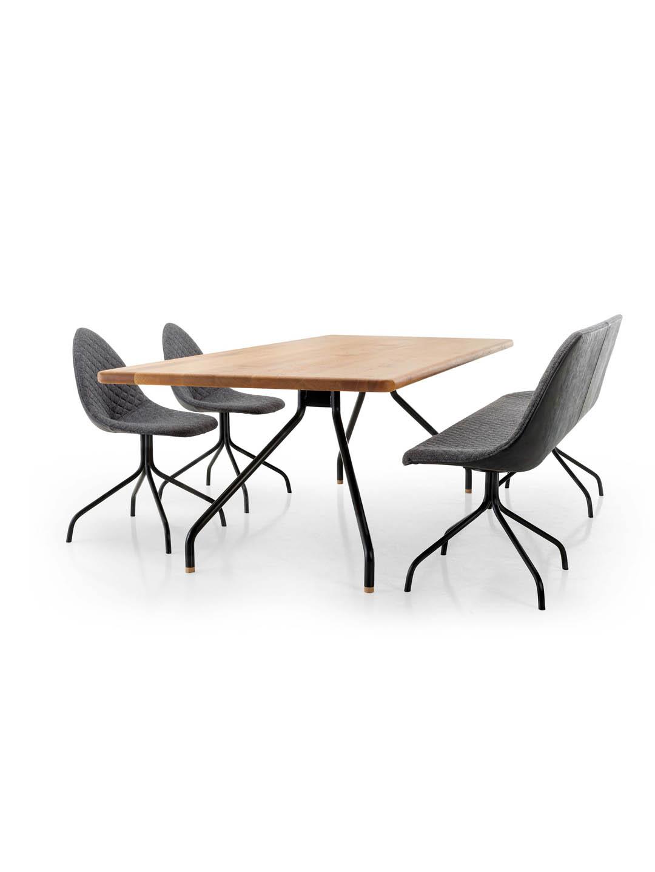 Design stuhl cone ausgefallener stuhl mit sitzschale by for Design tisch eiche