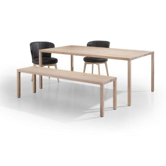 weißer Eiche Tisch mit Bank und Stühlen
