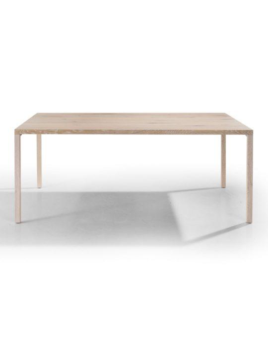 Layla Tisch mit Holzbeinen im Profil
