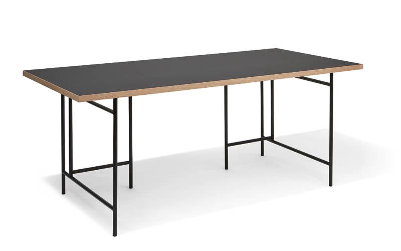 MBzwo Magazin, Berühmte Tische, Tische die die Welt bewegen, MBzwo Massivholztische nach Maß