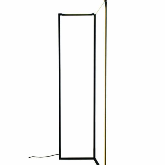 nemo spigolo floor, nemo, nemo spigolo, designer lampen, led, led lampe, led leuchte, stehlampe, filigran, schwenkbar, drehbar, lampe 360°