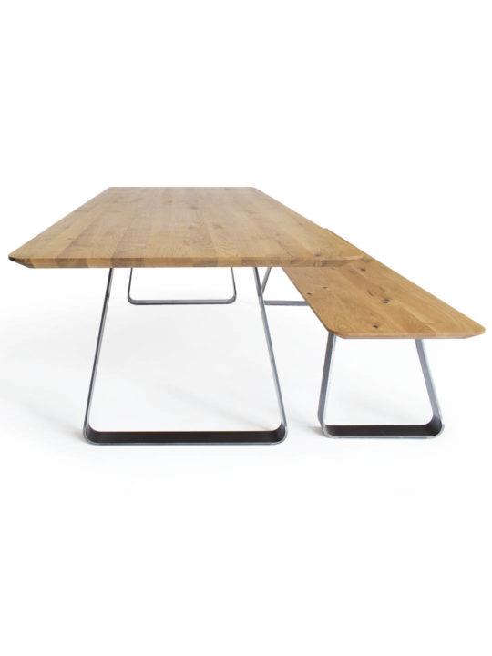 Brutus Tisch und Bank in Asteiche von MBzwo