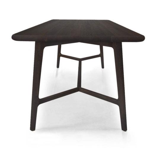 Skandinavischer Design Esstisch Like von MBzwo in Asteiche schwarz geräuchert