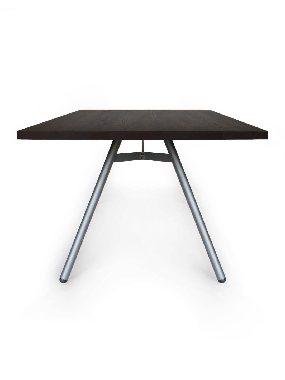 Tisch Trigon in Asteiche schwarz geräuchert von MBzwo