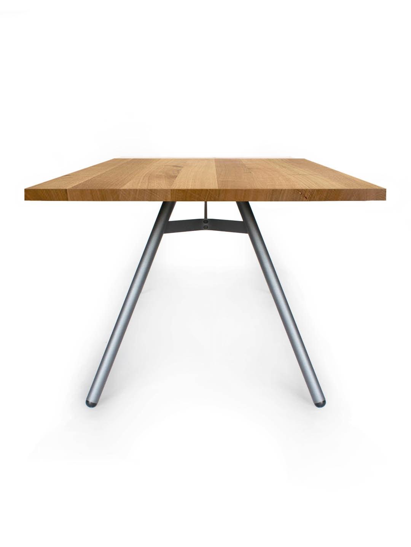 Tisch Trigon in Eiche Premium von MBzwo