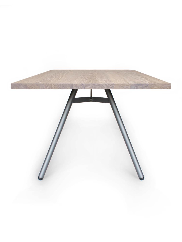 Tisch Trigon in Eiche weiß geölt von MBzwo
