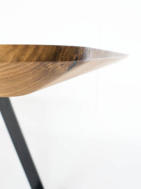 Esstisch Design Brutus Schweizer Kante