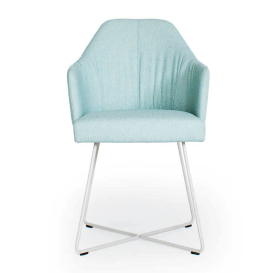 ipdesign Flow Armlehne Dining Chair in braun gestromt bei MBzwo