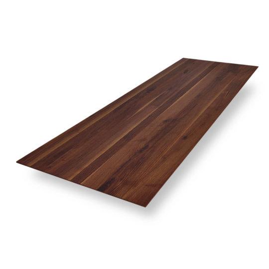 Tischplatten nach Maß Schweizer Kante in Nussbaum Ast mit Splintanteil von MBzwo
