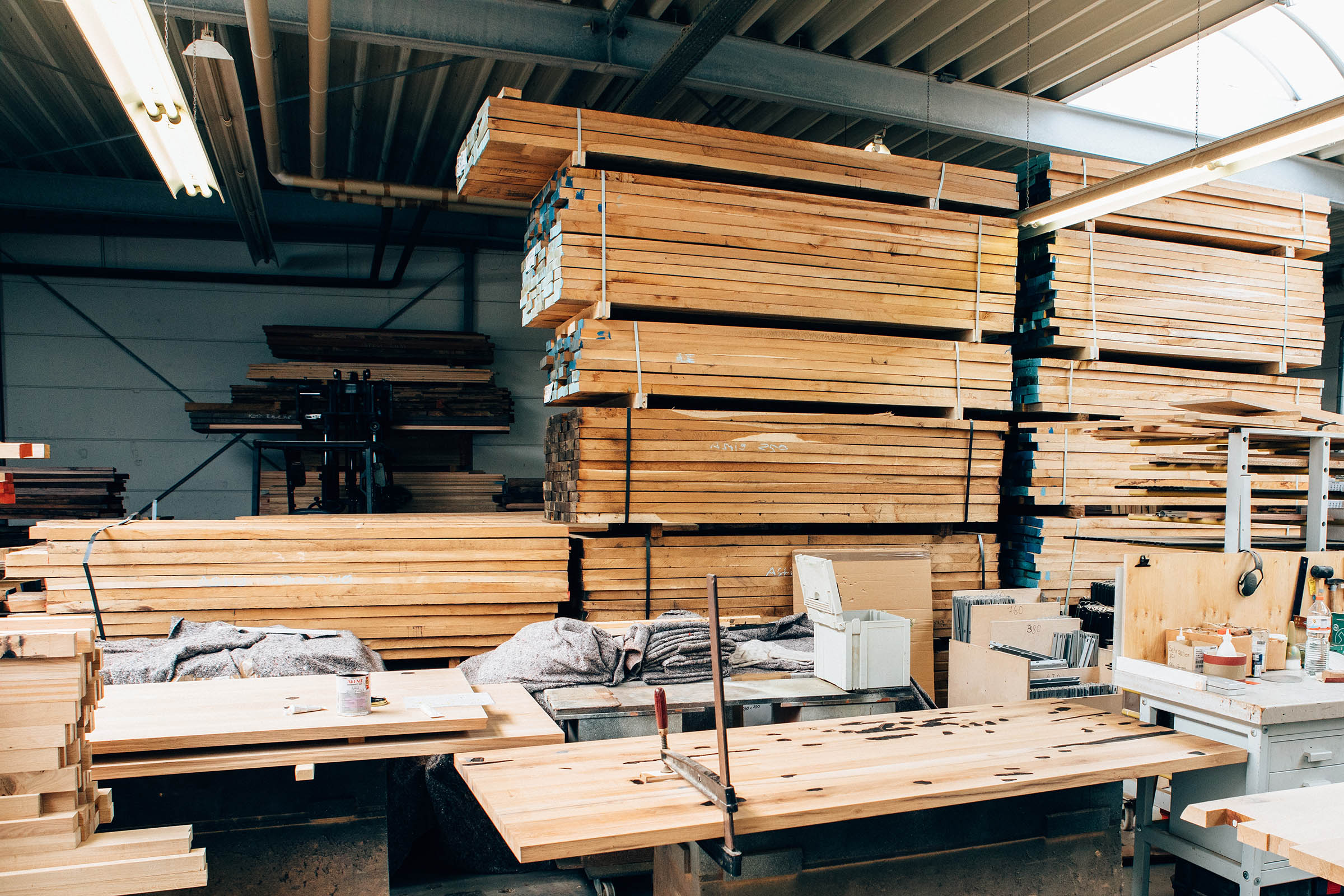 Holzlager in der MBzwo Werkstatt